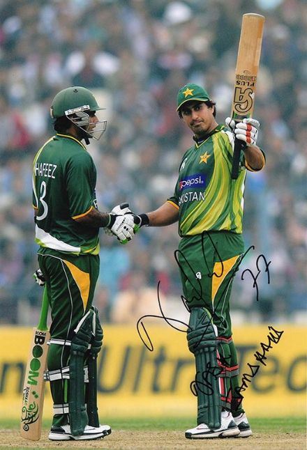 Nasir Jamshed, Pakistan, signed 12x8 inch photo.